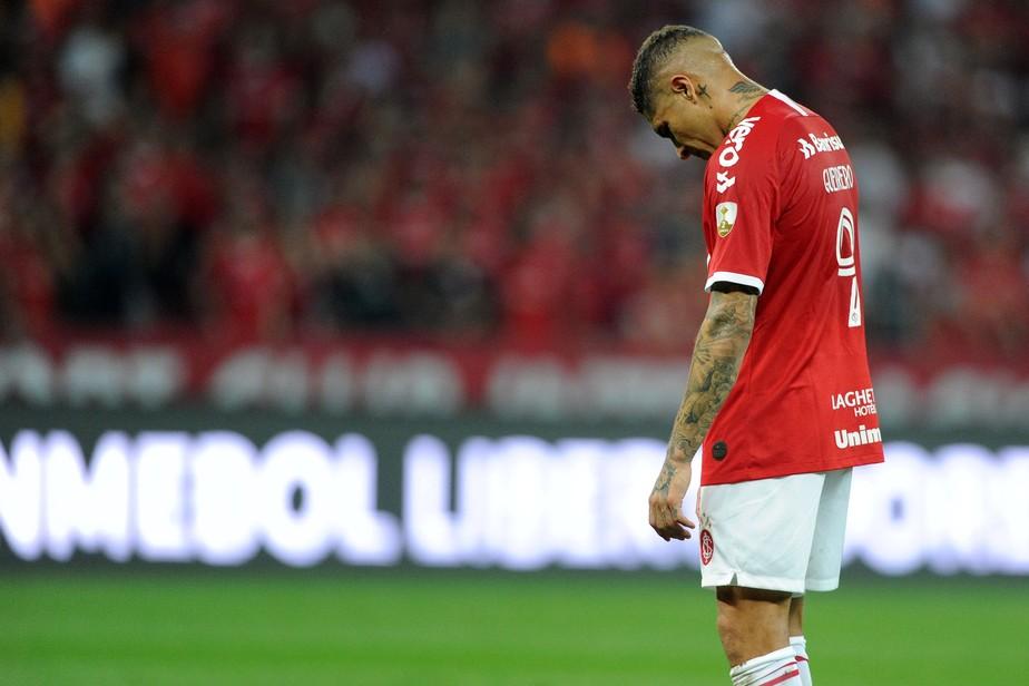 Guerrero passa em branco contra o Flamengo e vive maior jejum pelo Inter
