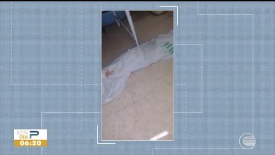 Água de esgoto invade enfermaria do Hospital Infantil em Teresina
