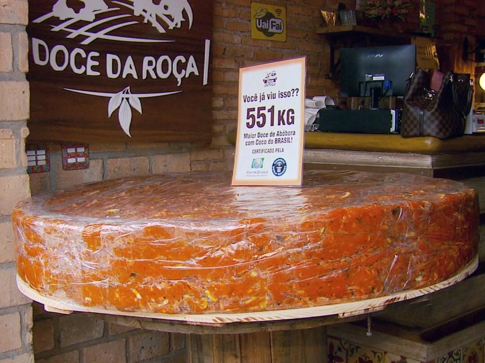 Com 551 kg, recorde foi registrado pelo Rank Brasil em 2015 (Foto: Reprodução EPTV)