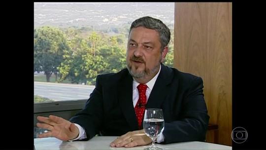 Ex-ministro Palocci diz em delação que Dilma 'deu corda' para Lava Jato implicar Lula