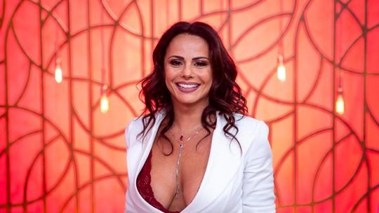 Solteira, Viviane Araújo diz que está curtindo a vida: 'Feliz'