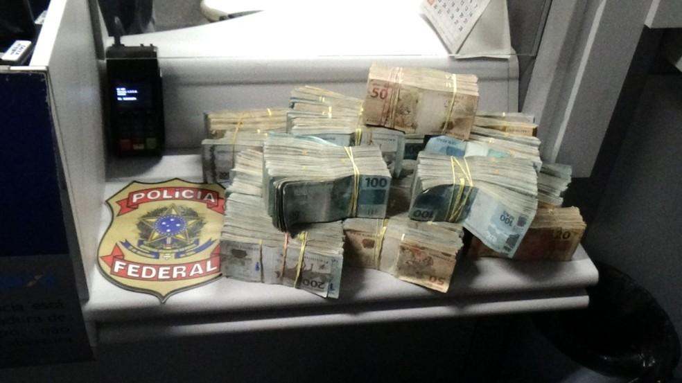 PF prende em Natal foragido da Justiça condenado por tráfico de drogas e apreende mais de R$ 600 mil — Foto: Cedida/PF