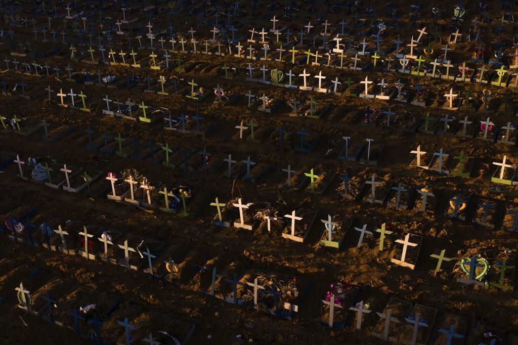 AM terá mais de 3.194 mortes por Covid-19 até o começo de agosto, de acordo com projeção de universidade dos EUA