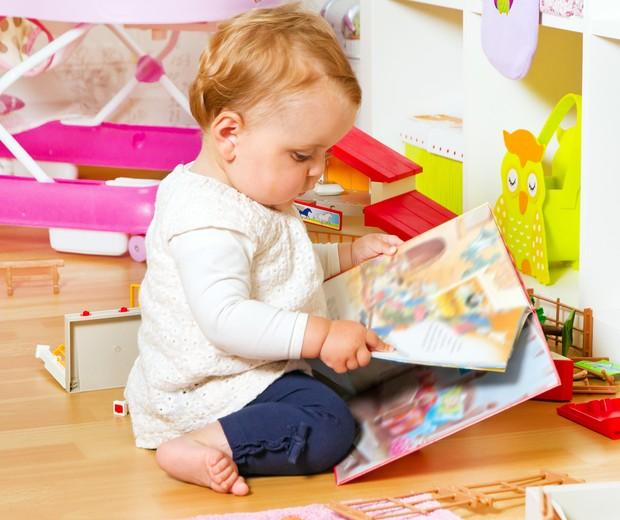 livro bebê criança (Foto: Thinkstock)