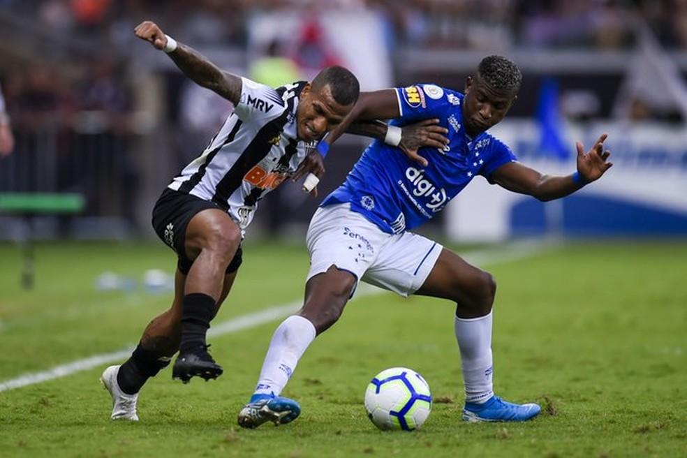 Duelo é equilibrado, mas Cruzeiro não vence o Galo há 3 jogos — Foto: Mineirão