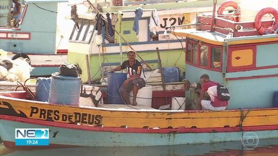 Óleo no litoral: Ministério da Agricultura libera auxílio emergencial para 4,2 mil pescadores em PE