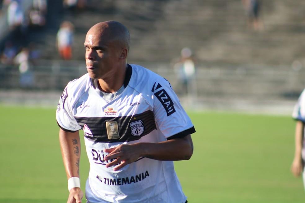 Ítalo vai reforçar o sistema defensivo do Carneiro na reta final da Segundona — Foto: Ramon Smith / Treze