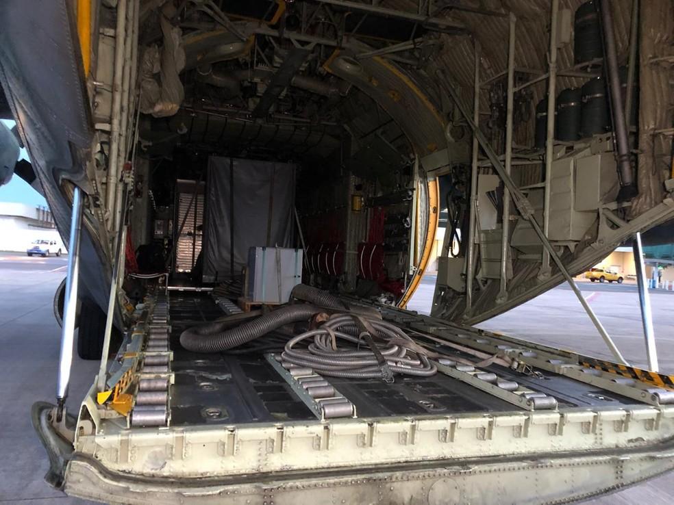 Avião da FAB transportou equipamentos para o Amapá — Foto: Ronaldo Brito/Rede Amazônica