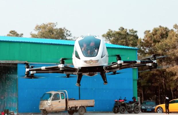 Ehang 184, o veículo aéreo autônomo da chinesa Ehang. Drone já passou por mais de 1 mil testes e transportou 40 pessoas.  (Foto: Reprodução)