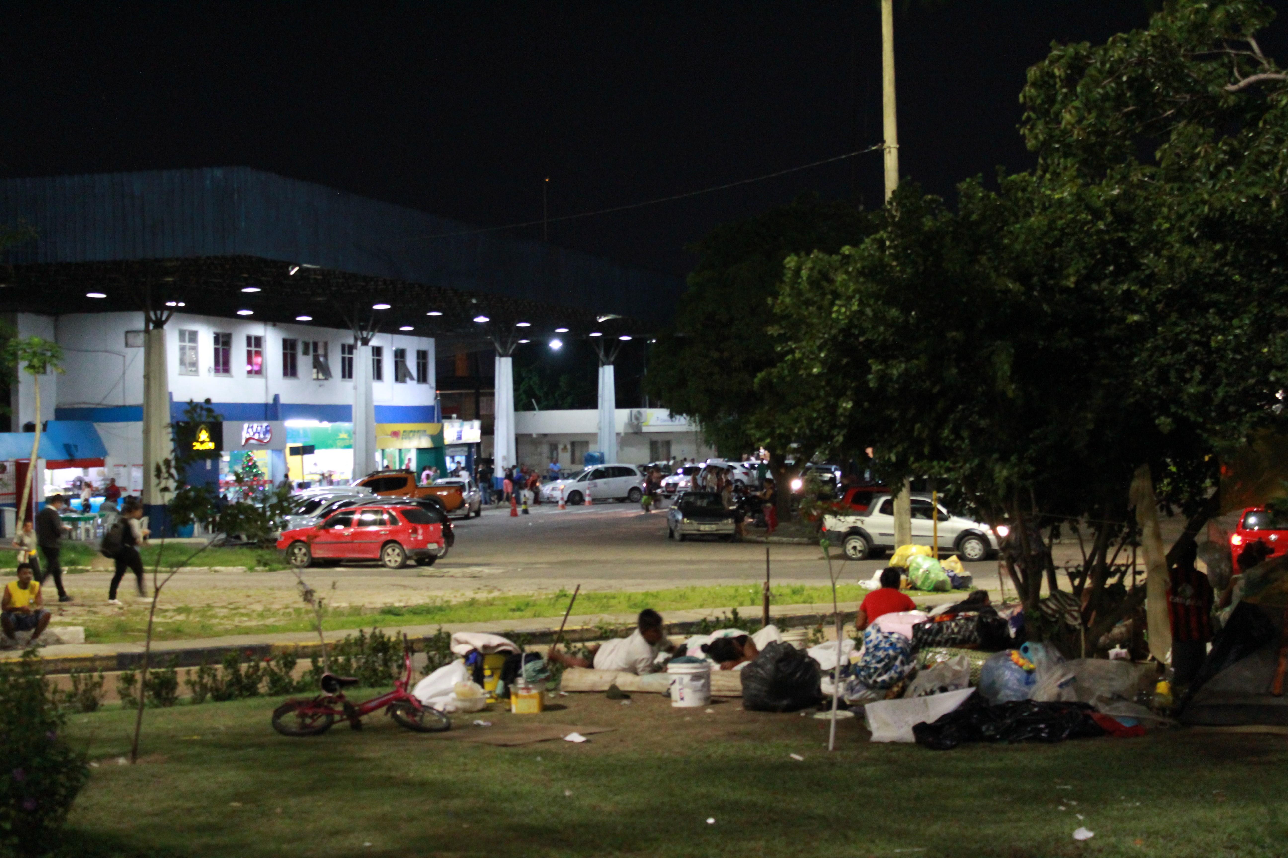 Venezuelanos se recusam a ir para abrigo em Manaus e pedem 'troca' por aluguel social, diz Sejusc - Noticias