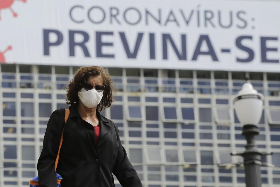 Uso de proteção será obrigatório a partir de quinta-feira (7) — Foto: NELSON ANTOINE/ESTADÃO CONTEÚDO