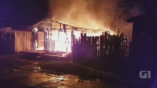 Incêndio destrói casa de madeira na cidade de Lábrea, no AM