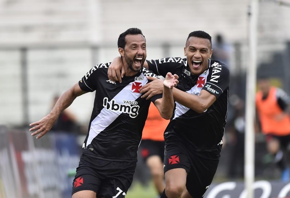 Vasco evoluiu desde as chegas de Nenê (foto) e Diniz, mas ainda não venceu  — Foto: André Durão