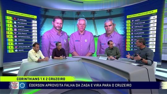 """Jornalista critica Marllon em gol polêmico do Cruzeiro contra o Corinthians: """"Não pode parar"""""""