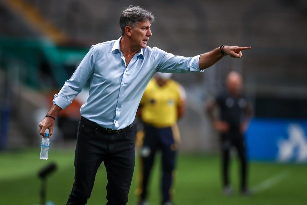 Renato foi alvo de sete clubes entre fim do ano passado e inicio de 2021 — Foto: Lucas Uebel/Grêmio FBPA