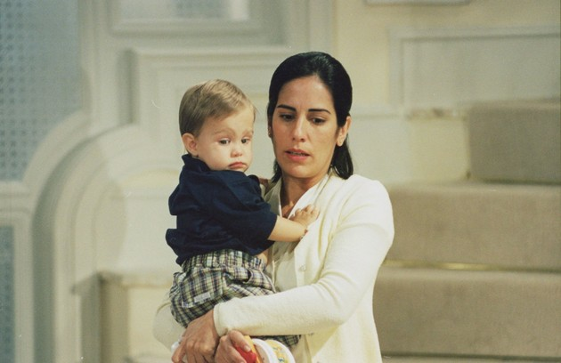 Glória Pires em cena da novela 'Anjo mau' (Foto: Divulgação/TV Globo)