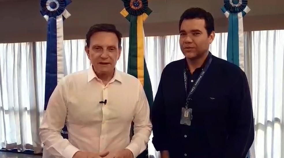 Prefeito Crivella e Paulo Messina, chefe da Casa Civil — Foto: Prefeitura do Rio