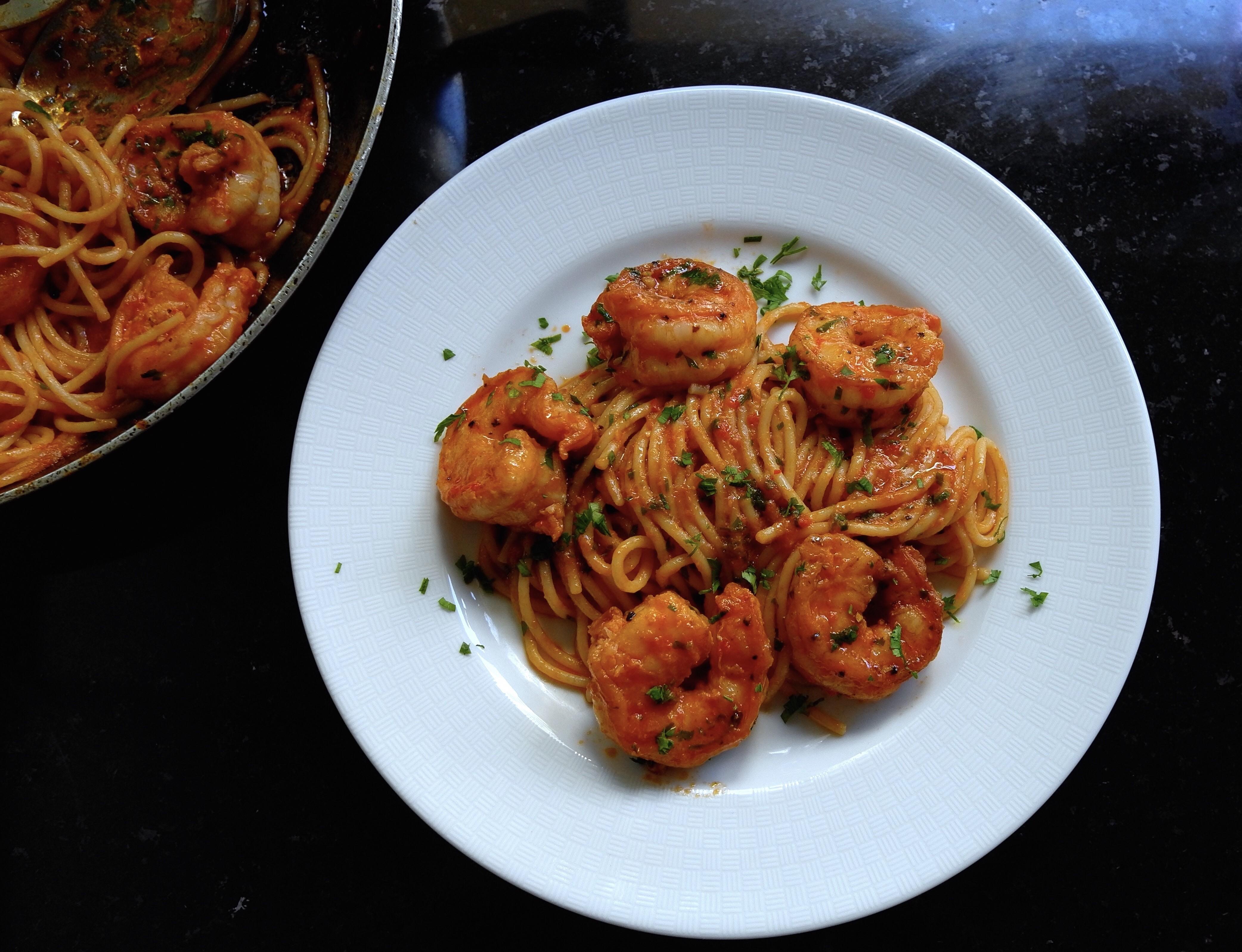 Spaghetti com molho picante e aromático de camarões  (Foto: Andre Lima de Luca)