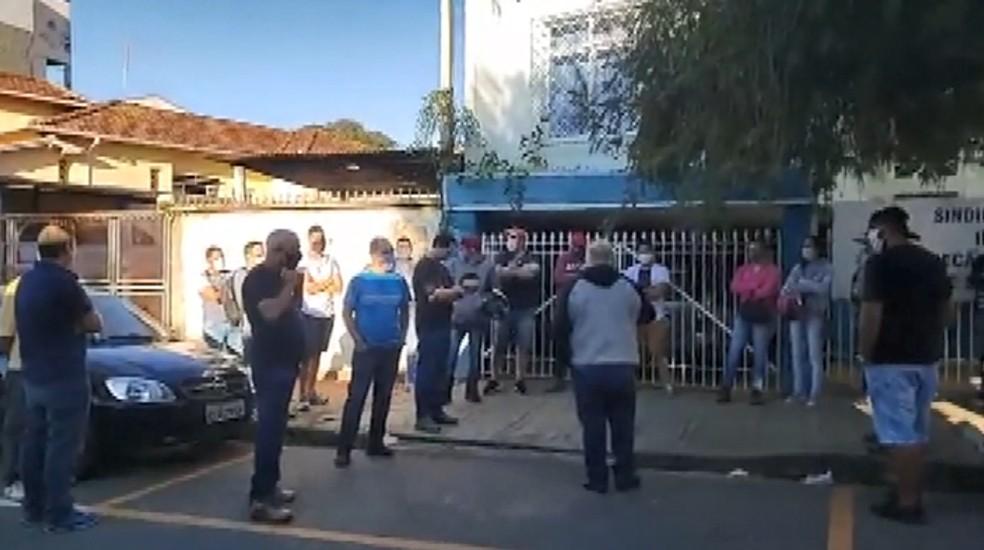 Empresa demite 70 funcionários em São João da Boa Vista — Foto: Carioca Notícias Policiais/Divulgação
