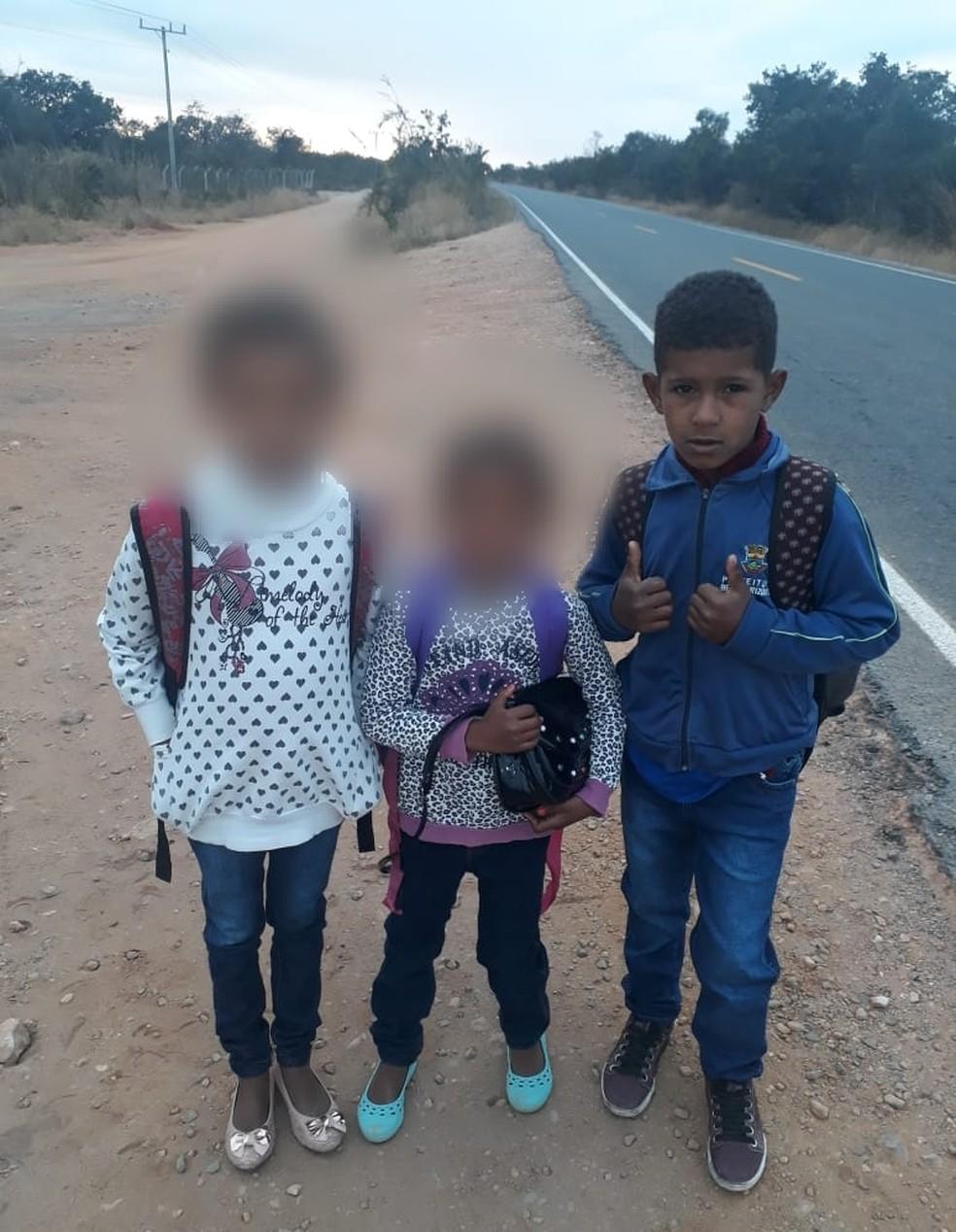 Carlos Daniel desapaceu ao descer de um ônibus escolar — Foto: Divulgação
