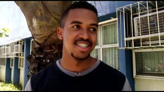 Frentista da Bahia é 'apadrinhado' por família no ES para estudar e fazer Enem