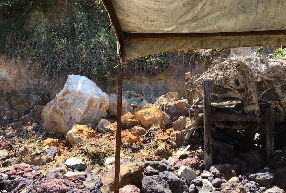 Novo deslizamento atingiu a praia de Pipa — Foto: Divulgação