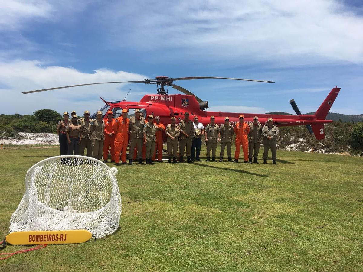 Helicóptero para reforçar salvamentos na alta temporada chega à Região dos Lagos