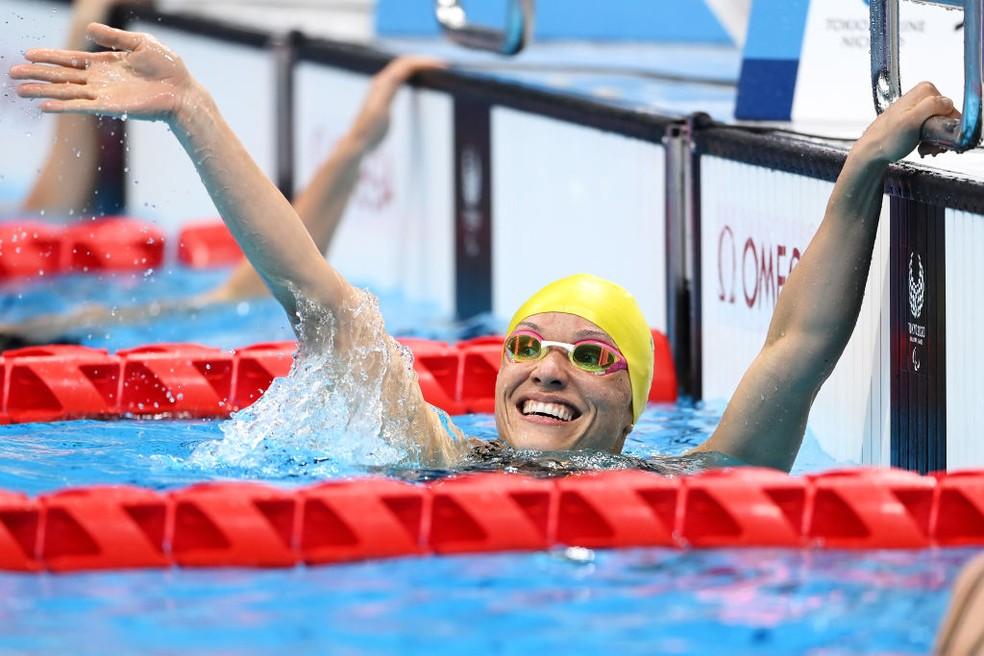 Carol Santiago comemora ouro em Tóquio — Foto: Alex Davidson/Getty Images