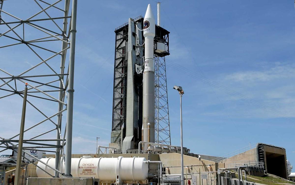 Nasa lança foguete nesta terça com provisões para estação espacial