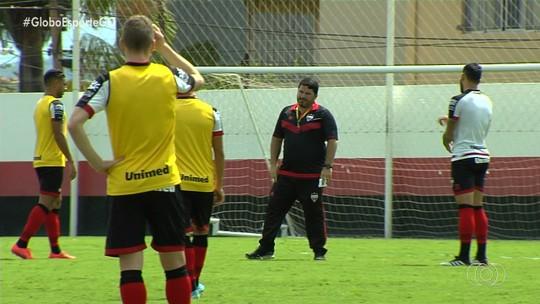 Atlético-GO embarca para o Sul e deve ter três mudanças para enfrentar o Brasil de Pelotas