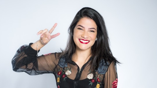 'The Voice Brasil': confira vídeo exclusivo da participante Larissa Viana do time Lulu Santos
