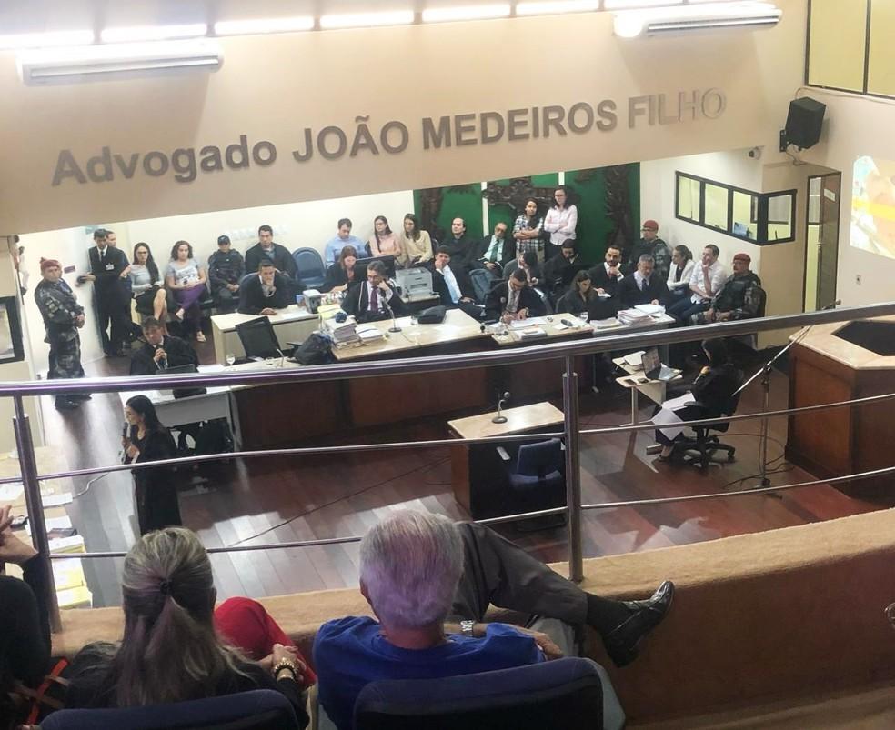 Júri acontece no Tribunal do Júri do Fórum Miguel Seabra Fagundes, no bairro de Lagoa Nova, na Zona Sul da capital potiguar — Foto: Mariana Rocha/Inter TV Cabugi
