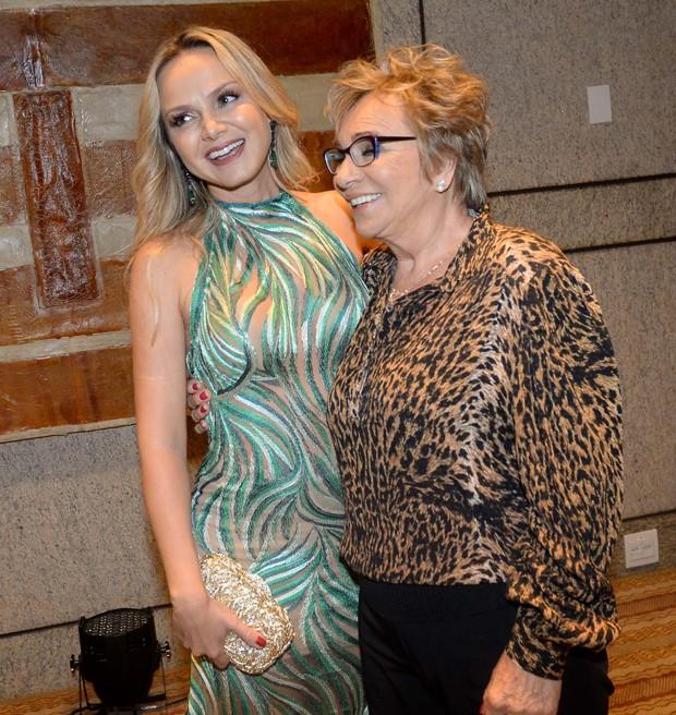 Eliana e a mãe, Eva (Foto: Francisco Cepeda/AgNews)