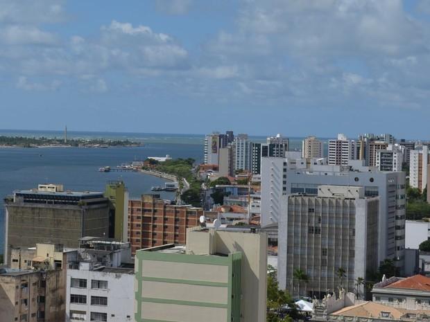 Apenas 52,2% da população de Aracaju está respeitando o isolamento social, diz prefeito
