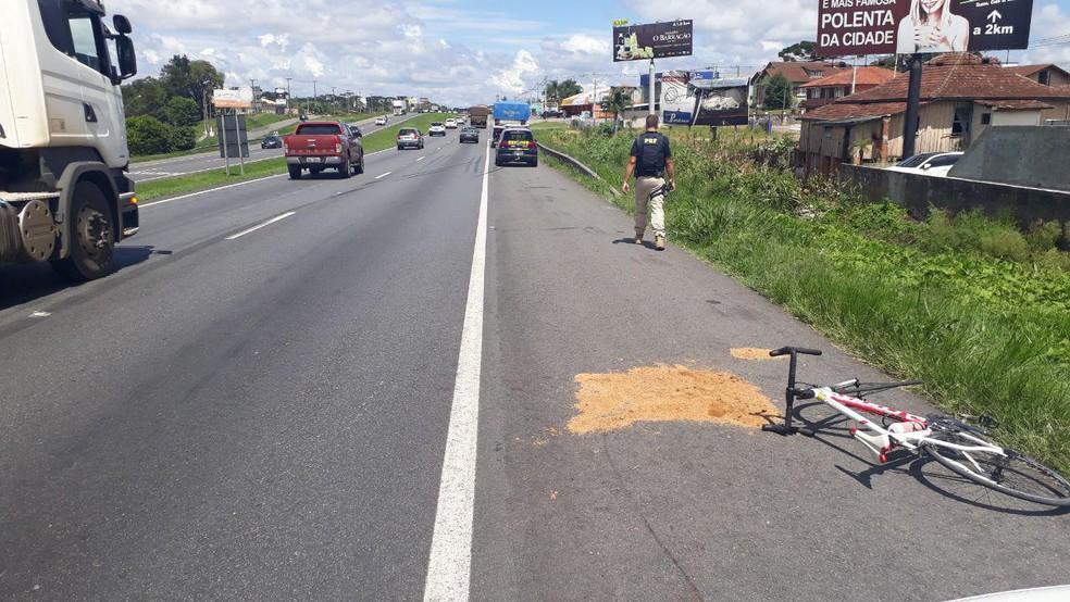 Acidente aconteceu na manhã deste sábado (19), em Campo Largo, na Região de Curitiba  — Foto: Divulgação/PRF