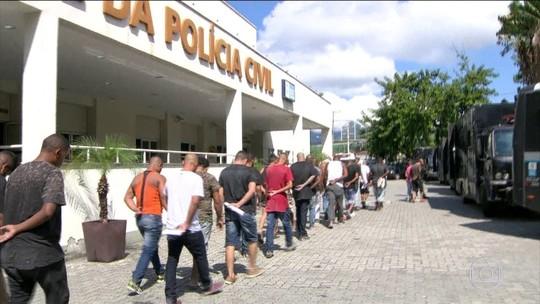 Justiça manda soltar 137 dos 159 presos em festa de milícia no RJ