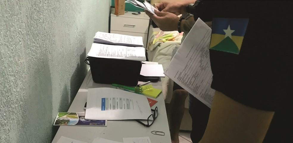 Polícia Civil cumpriu mandados de busca e prisão preventiva durante a operação.  — Foto: Divulgação/Polícia Civil