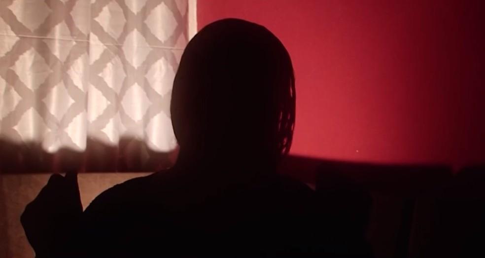 Mulher diz ter sido agredida por vereador no sul da BA ao tentar recuperar celular tomado por ele — Foto: Reprodução/TV Santa Cruz