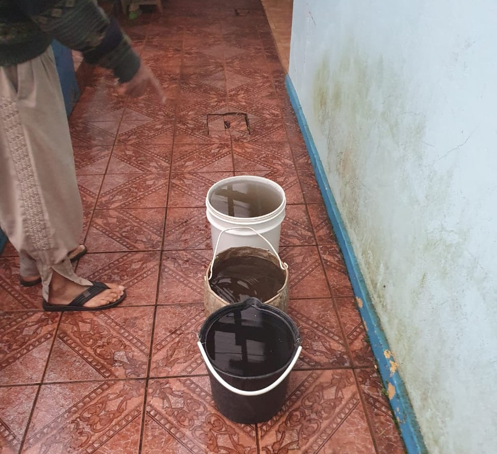 Água da chuva turva no RS pode ter relação com queimadas no Pantanal, diz meteorologista. — Foto: Ivete de David/Arquivo pessoal