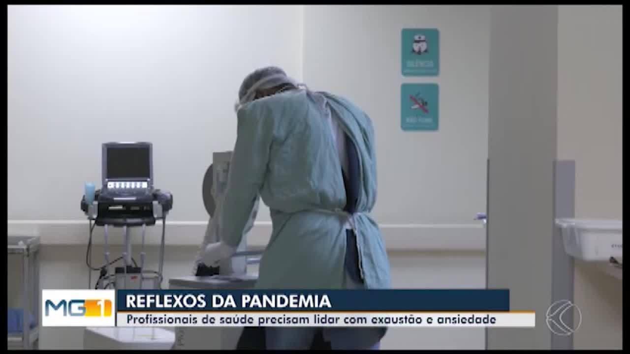 Com a piora da pandemia, profissionais da saúde lidam com a exaustão em Divinópolis