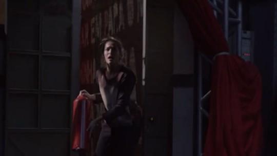 Teaser de 'Malhação': Nat consegue arrombar a porta