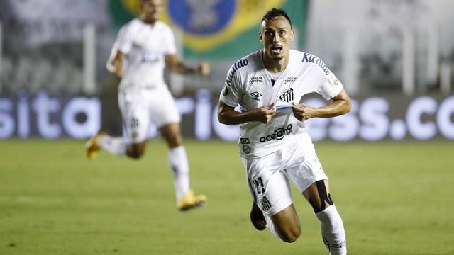 Diego Pituca comemora em Santos x Boca Juniors