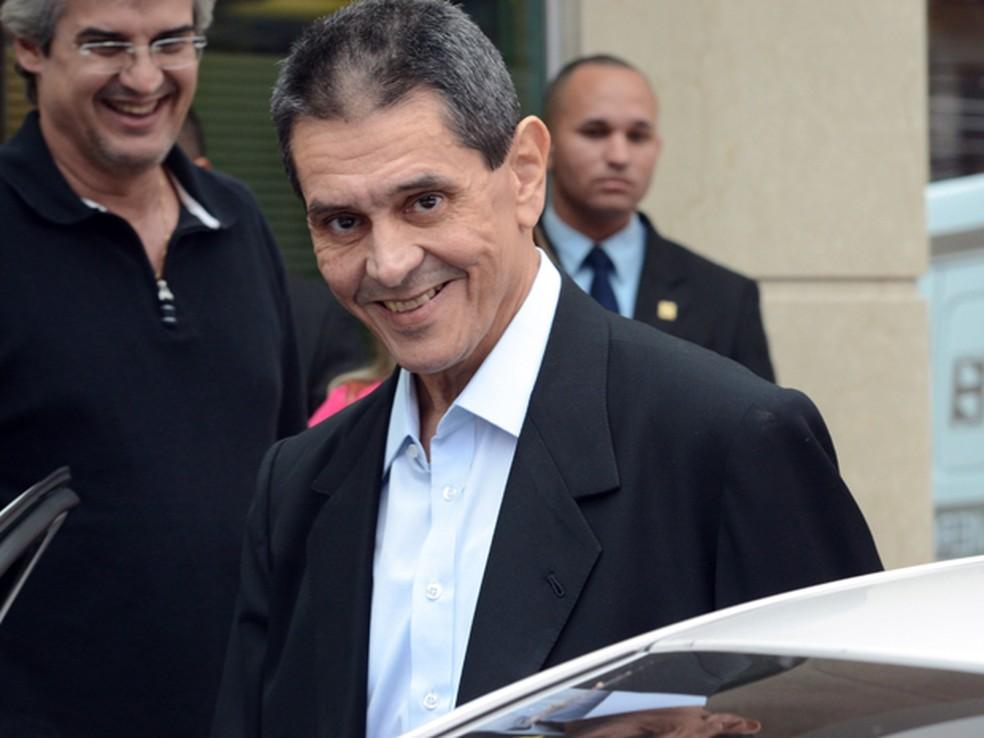 Resultado de imagem para Câmara paga por mês R$ 127,8 mil de aposentadoria para deputados cassados