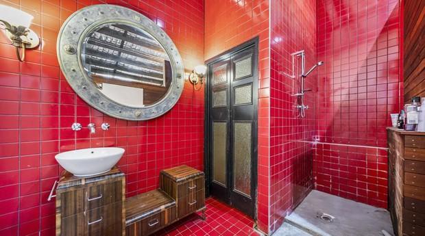 Banheiros impressionam em casa australiana (Foto: Divulgação)
