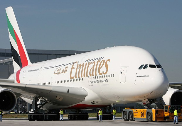 Modelo Airbus A380, da Emirates Airlines (Foto:  Martin Rose/ Getty Images)