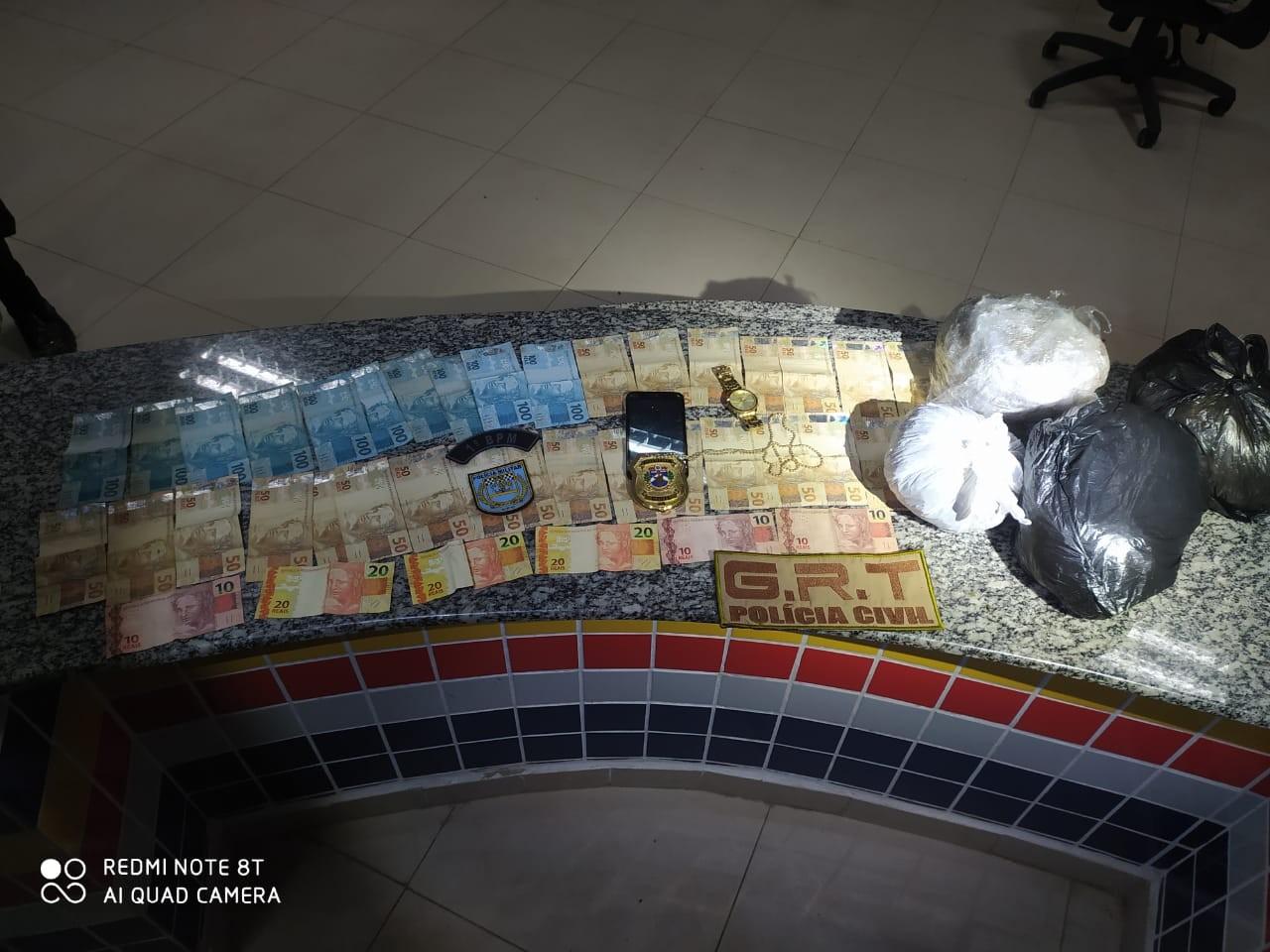 Traficantes furam bloqueio de fiscalização e acabam presos com maconha da Guiana no Bonfim, RR