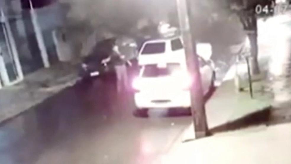 Empresário foi morto a tiros em Maringá, na noite de quinta-feira (4) — Foto: Reprodução/RPC
