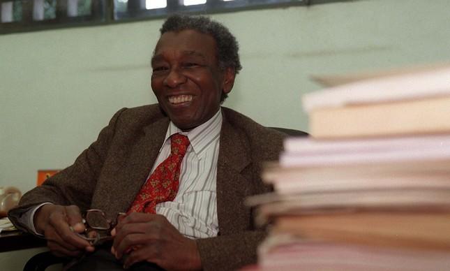 Milton Santos em imagem de 2000, aos 75 anos de idade