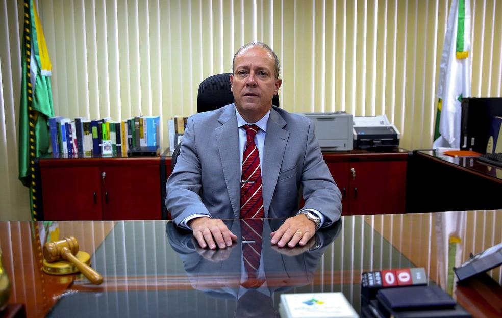 O juiz federal Marcus Vinicius Reis Bastos, titular da 12ª Vara da Justiça Federal do Distrito Federal (Foto: Secom/JFDF)