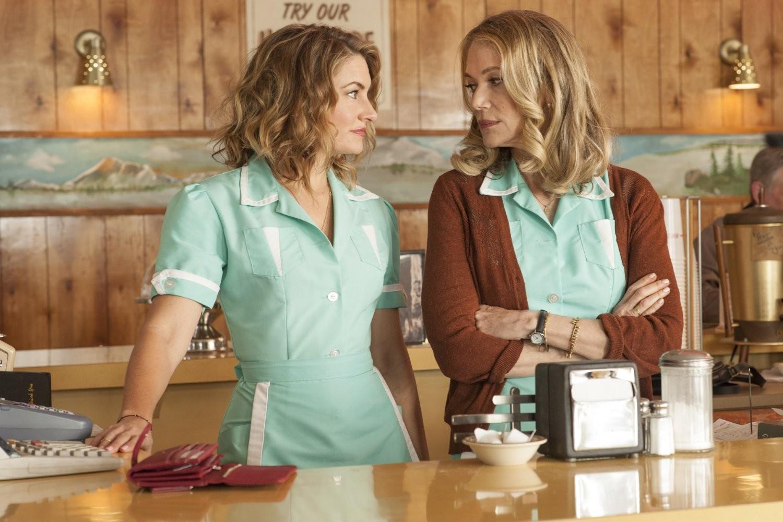 Mädchen Amick e Peggy Lipton em 'Twin Peaks' (2017) (Foto: Divulgação)